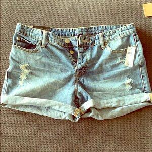 Gap boyfriend shorts size 8 brand new with tags